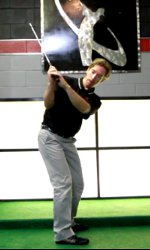 Shallow arms are best for an aggressive swing